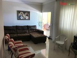 Casa à venda Rua 3 Chacará  78   Casa com 03 quartos sendo 02 suítes à venda, Vicente Pires - Vicente Pires/DF