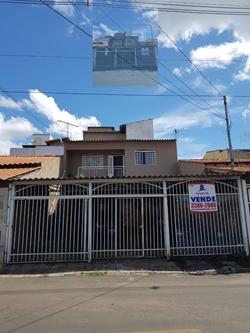 Casa à venda RUA 14   Ótima localização dentro da metropolitana com fácil acesso ao Park way e e bandeirante.