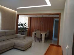 Apartamento à venda QBR 4 Bloco E apto 21  Apartamento reformado um luxo!!