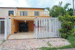 Casa à venda QRC 17   ÓTIMA CASA DE ESQUINA! RES. SANTOS DUMONT