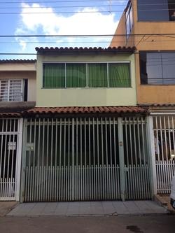 Casa à venda QE 38 CONJUNTO T CASA 7A  Ótima estrutura e construção!