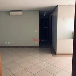 Rua COPAIBA Norte Águas Claras   Apartamento com 04 quartos sendo 01 suíte, 02 vagas de garagem no San Marino à venda, Águas Claras N