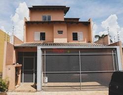 Casa à venda Alameda das Acácias Quadra 107   Casa com 05 quartos sendo 01 suíte, cozinha com armários, 03 vagas de garagem no Orion à venda, Água