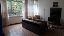 Apartamento à venda SQS 315 BLOCO B   Excelente quadra, uma das mais tradicionais de Brasília, no meio da quadra, longe de comércio.