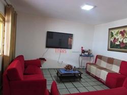 QR 5 Conjunto C Candangolandia Candangolândia   Casa com 04 quartos com 01 suíte, cozinha, sala, 04 banheiros, sacada e área de serviço na QR 05 Con