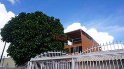 Casa à venda Quadra 2 Conjunto B-2   Casa com 03 quartos com 02 suítes, cozinha, sala, 04 banheiros, área de serviço e garagem na Quadra