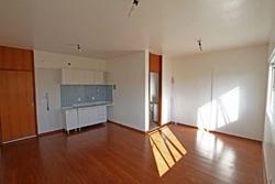 CA 02 Lago Norte Brasília   CA Lago norte kit 1 suíte 1 vaga desocupado cozinha com armários