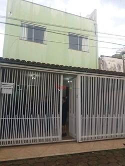 Casa à venda QI 12 Conjunto X   Casa com 04 quartos com 01 suíte, sala, cozinha e 04 banheiros na QI 12 Conjunto X à venda - Guará/D