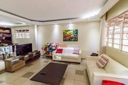 Casa à venda QI 11 Conjunto W   Excelente casa com 03 quartos com 01 suíte na QI 11 Conjunto W à venda - Guará/DF