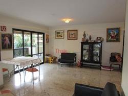 SQN 110 Bloco J Asa Norte Brasília   Apartamento com 04 quartos sendo 04 suítes, cozinha, sala e 05 banheiros, no Edifício Caravelas  - B