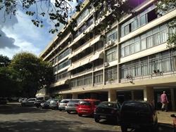 Apartamento à venda SQS 305 BLOCO E   Excelente oportunidade!! 3 quartos vazado. Melhor área de Brasília.