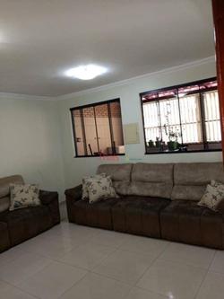 QR 1 Conjunto D Candangolandia Candangolândia   Casa com 04 quartos com 01 suíte, sala, cozinha, área de serviço, 03 banheiros e 03 vagas de garagem