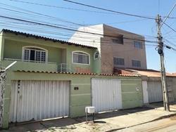 Casa à venda Quadra 2 Conjunto 12   Sobrado com 05 quartos com 01 suíte na Quadra 02 Conjunto 12 à venda - São Sebastião/DF