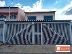 Casa à venda QNO 4 Conjunto I   Sobrado piso térreo: 04 quartos sendo 1suíte, sala, 01 banheiro social com box em vidro, cozinha com