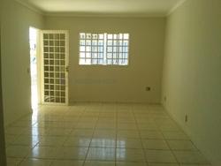 Casa à venda 12 Quadra 6   Casa em ótima localização - Oportunidade