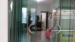 Casa à venda QR 206 Conjunto 12   de esquina escriturada com laje em rua principal
