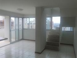 Apartamento à venda Rua  9  , Thomaz Jefferson  2 varandas espaçosas