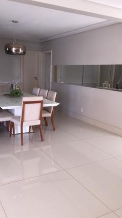 Apartamento à venda AV. T 01