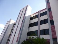 Apartamento à venda EPTG QE 4 Bloco A-1 desocupado, vazado,segundo andar , Edifício Cristiane canto, vazado, desocupado
