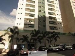 Apartamento à venda Rua  30   condomínio com acesso fácil a EPTG