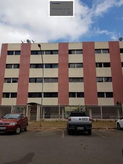 Apartamento para alugar SHCES Quadra 1405   Muitos armários! 3 quartos!