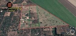 Rural à venda Area Rural   Chácara com 5.600 m², contendo uma casa nova com 2 quartos e varandas, situada na região do Lago Cor