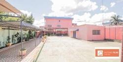 Predio à venda QNM 40   Prédio - Potencial para escolas - Crechê - Documentado