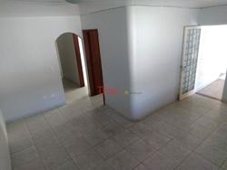 Casa à venda QR 1 Conjunto E   Casa na Quadra 01 Conjunto E com 03 quartos sendo 01 suíte à venda - Candangolândia/DF