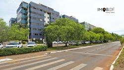 Apartamento à venda CCSW 3 Nascente - vista livre - alto padrão , Marta Rajjar Apartamento nascente, com vista livre, reforma de alto padrão e repleto de armários!