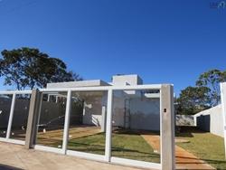 Casa à venda RODOVIA BR-0020 KM 12,5   Casa a venda / Condomínio Alto da Boa Vista / 03 Quartos / Porcelanato / Aceita casa de menor valor