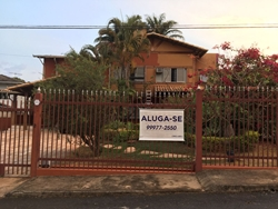 Casa para alugar SHIS QL 16 Conjunto 3   pronta para mudar