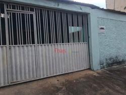 Casa à venda QS 11 Conjunto J   Casa na QS 11 conjunto J com 02 quartos à venda - Areal - Águas Claras/DF