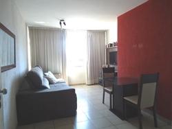 Apartamento à venda QI 18