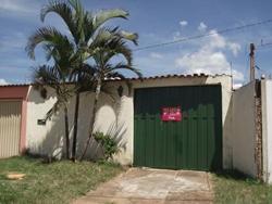 Casa para alugar QR 319 Conjunto 2   Casa com 02 quartos disponível na  QR 319 CONJUNTO 02 - Samambaia