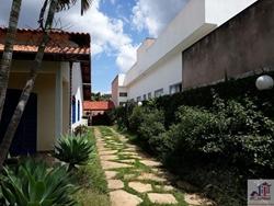 Casa à venda RODOVIA DF-0425 KM 03 conjunto C , condomínio casa toda plana, com lage para 2 andar, telhado colonial, condomínio com câmeras e portaria 24 horas