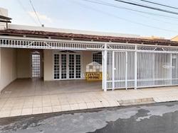 Casa para alugar QE 1 Conjunto M   Locação! 3 quartos! QE 01 - Guará I