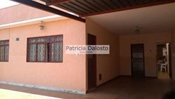 Casa à venda QND 8