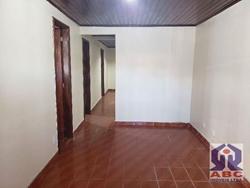Casa à venda QR 5 Conjunto E   QR 05 Conjunto E Casa 40 Candangolândia - 03 Quartos sendo 01 Suite, total de 03 Banheiros