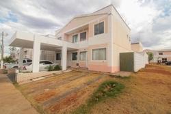 Casa para alugar QC 13 Rua C   Jardins Mangueiral - QC 03 - Com armários planejados