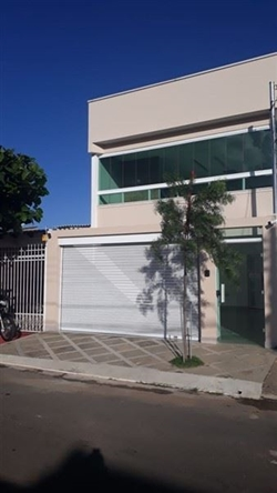 Casa à venda QRC 2