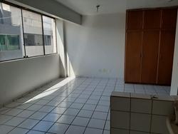 SCRN 714/715 Asa Norte Brasília   Apartamento em predio com elevador
