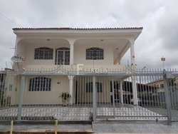QE 34 Conjunto F Guara Ii Guará   QE 34 Casa Sobrado 5 Quartos De Esquina Lote 200 metros a Venda no Guará