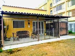 QI 9 Conjunto L Guara I Guará   QI 09 Casa 3 Quartos De Esquina Nascente Perto do Metrô a Venda no Guará