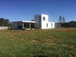 RODOVIA BR 251 KM 56 Nova Betania São Sebastião VENDO CHACARA COM 1.760 M2 MURADA COM CASA AGRADAVEL!  EXCELENTE OPORTUNIDADE !