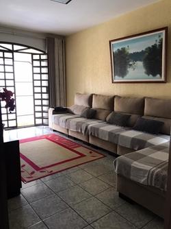Quadra 17 Conjunto C Sobradinho Sobradinho   Excelente oportunidade! Casa térrea toda na laje, ótima localização e ótimo preço.