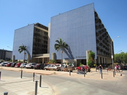 SRTVS Bloco E LoteS 2/4 Asa Sul Brasília   Excelente sala comercial para consultórios, escritórios