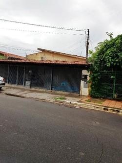 Casa à venda Rua P 25   Casa em Campinas - Em frente ao estádio do Atletico