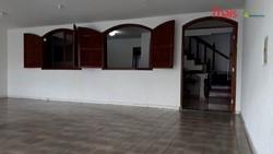 QR 3 Conjunto A Candangolandia Candangolândia   Casa com 03 quartos sendo 01 suíte, cozinha com armários e 03 vagas de garagem à venda. Candangolând